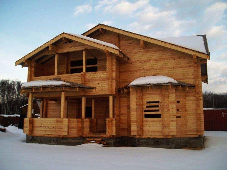 строительство деревянного дома фото 4
