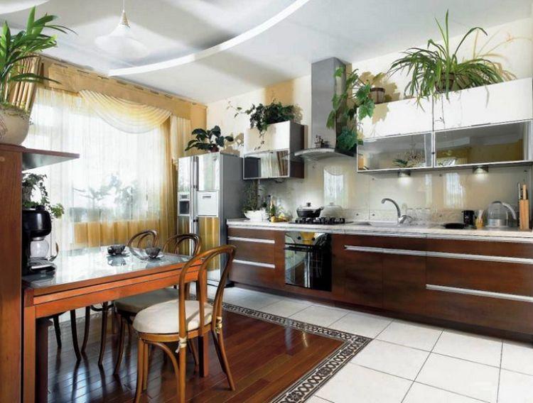 Как красиво повесить шторы на кухне фото