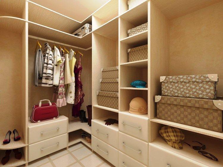 Дизайн гардеробной комнаты: фото 3 кв. м