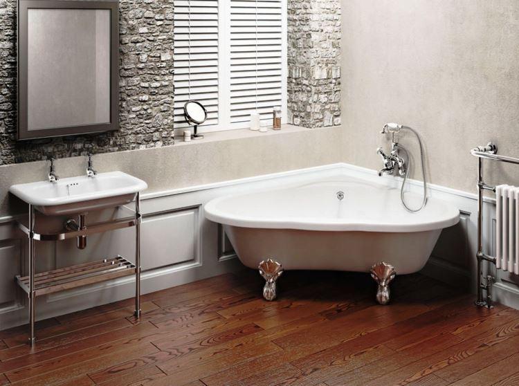 маленькая угловая ванна в ванной комнате фото 4