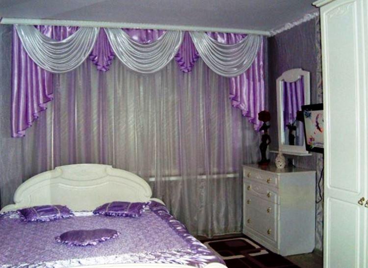 сиреневые шторы в спальню фото
