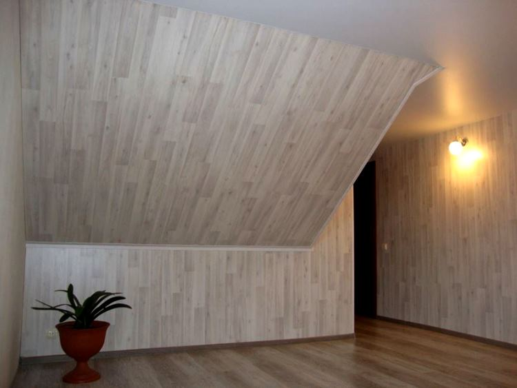 ламинат на стене в интерьере фото 19