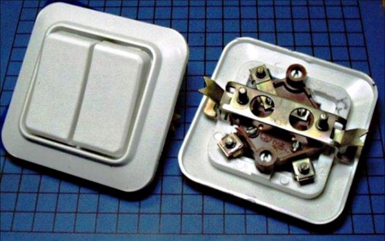двухклавишный выключатель фото 6