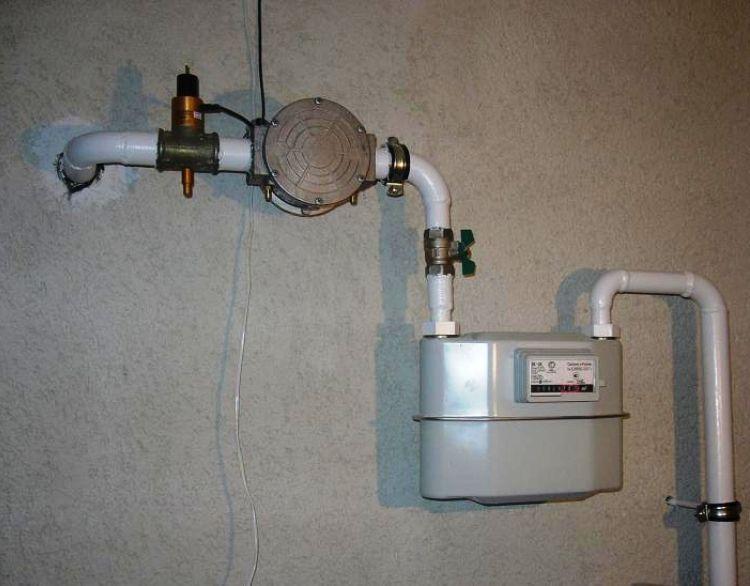 Установка газового счетчика в квартире фото